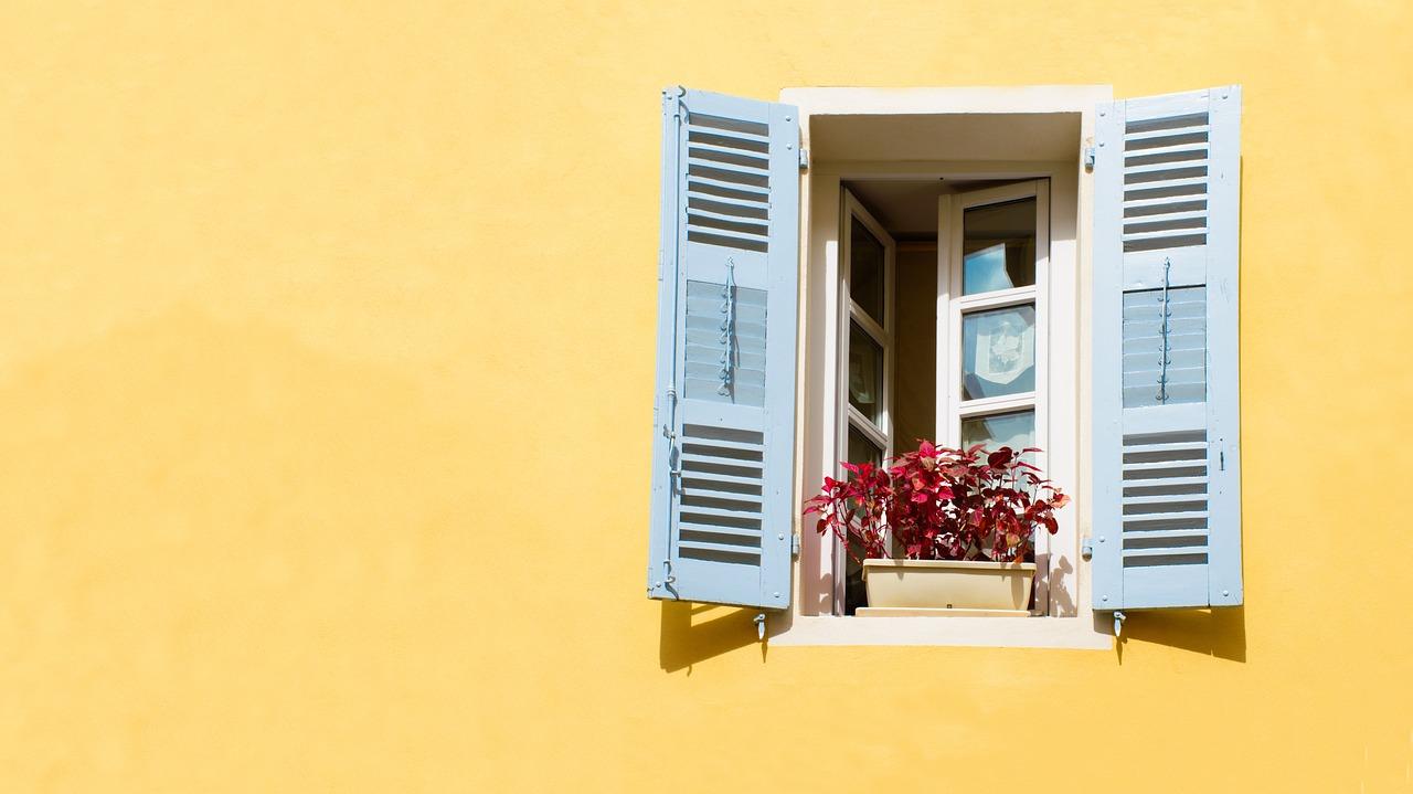 window-2749076_1280